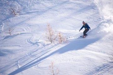 Snowboard freeride high mountain UCPA