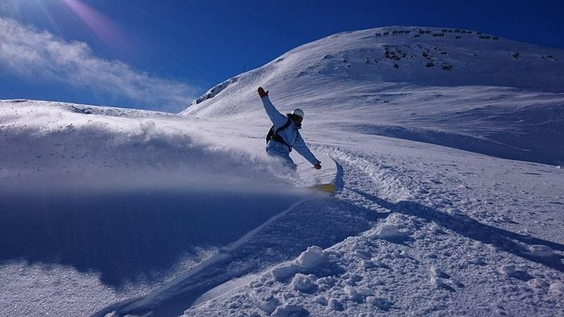 Snowboard freeride UCPA