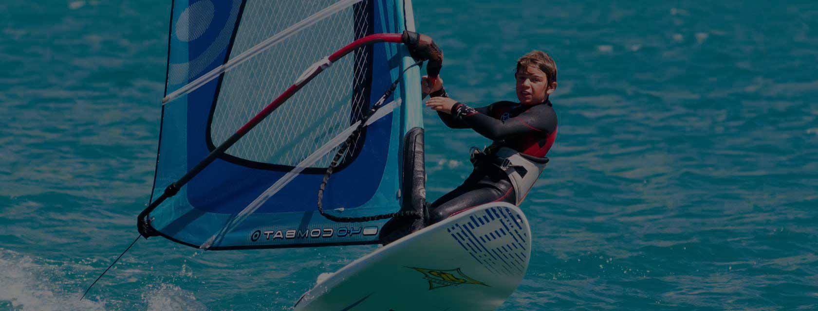 Campi estivi ragazzi windsurf